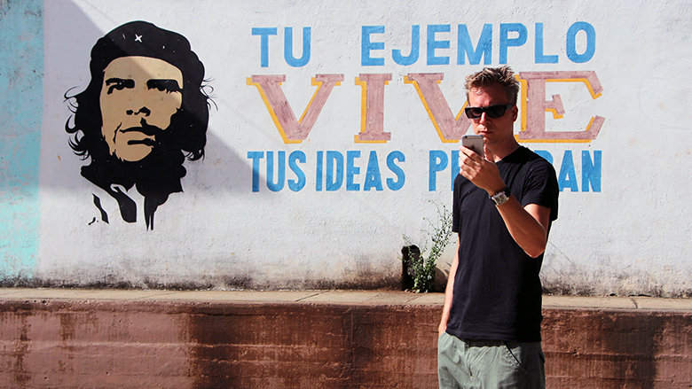 Wieder mal kein Empfang, naja, dafür Che-Guevara-Propaganda. © Jakob Steinschaden