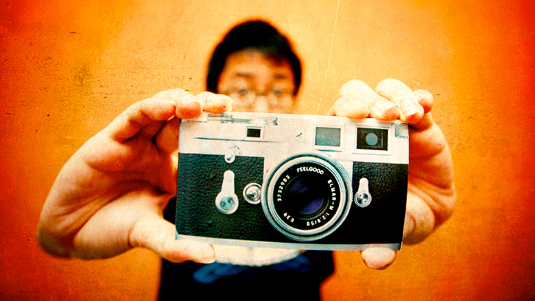 Die Kamera ist dabei, den Bleistift abzulösen. © Shermeee (CC BY 2.0)